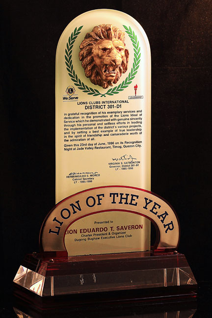 <h6>Lion Head Glass Award</h6> [Code:BAP-GWB]